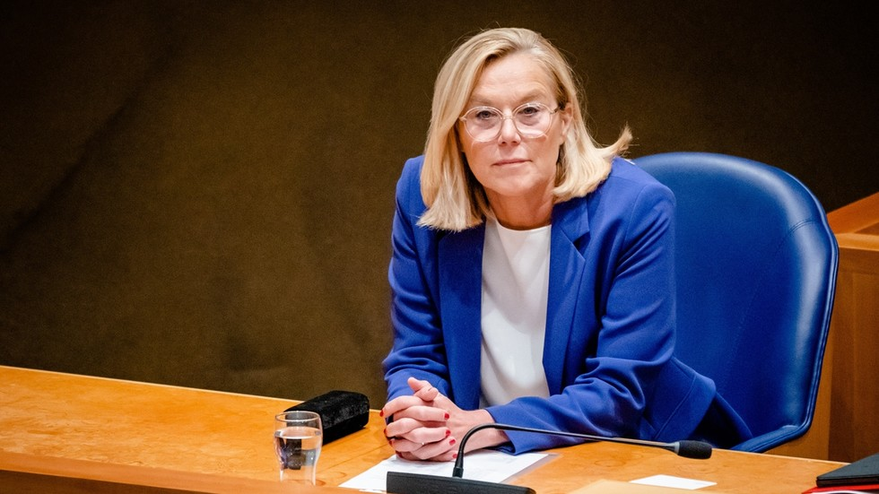 Dutch international minister quits after parliament votes to censure her oversight of chaotic Afghanistan evacuation